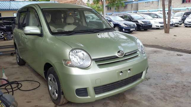 Toyota Sienta 2009 with KCJ for sale Hurlingham - image 2