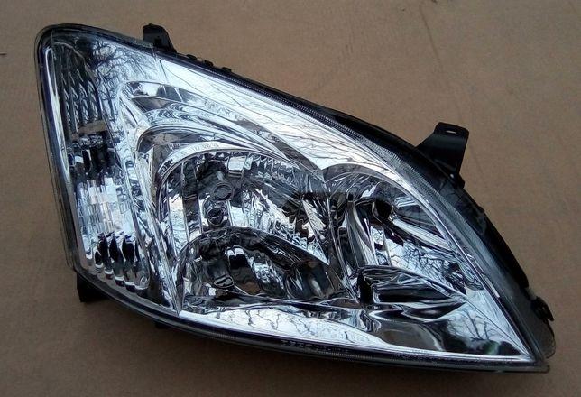 Toyota Corolla E12 02 Reflektor Lampa Prawy Przód Pleszew