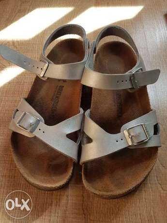 Birkenstock sandals for girls