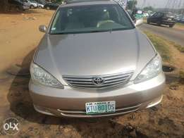 Toyota Camry 2004 XLE (Big For Nothing)