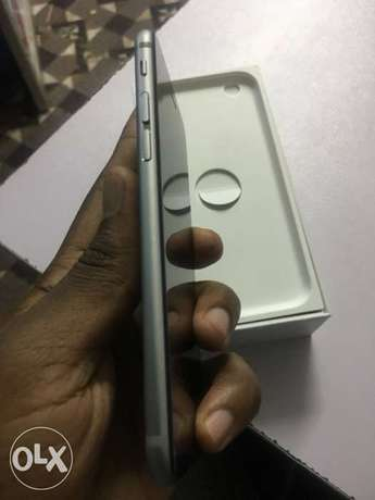 Slightly Used iPhone 6s 64GB at 45,000/= with Box & Accessories - Shop Nairobi CBD - image 6