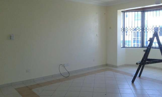 Executive 3bedrm apartmnt with pool,cctv in nyali Nyali - image 2