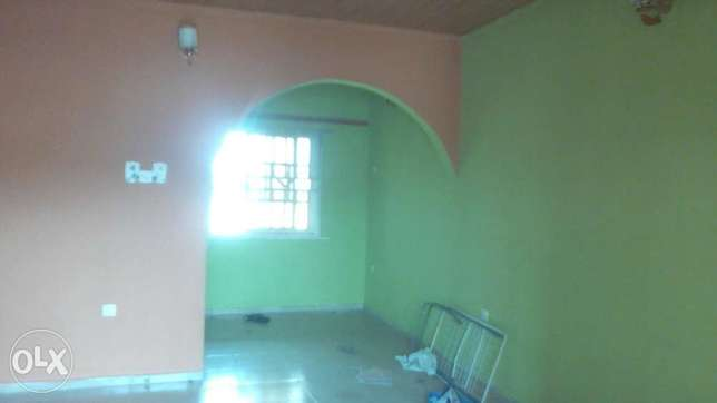 Neat and decent 2bedroom flat up with 3toilets at Igando close to b/s Onilu Village - image 2