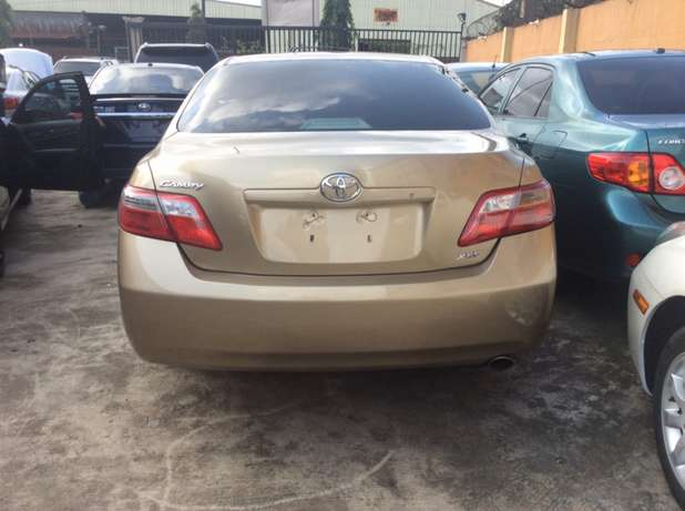 Toyota Camry 2007 (XLE version) Lagos Mainland - image 3