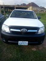 Toyota Hillux 2007 model AC Chilling, 4 Cylinders, manual Gear 2.8m