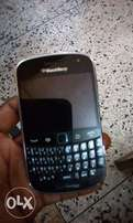 Clean blakberry bold 5 for sale. With new followcome battery.