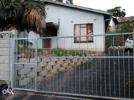2 bedroom house for sale in Hillary