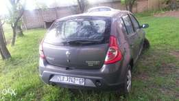 Renault sandero breaking for spares