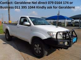 2011 Toyota Hilux 3.0 D4D 4X4 S/C Good Condition Call Geraldene Now