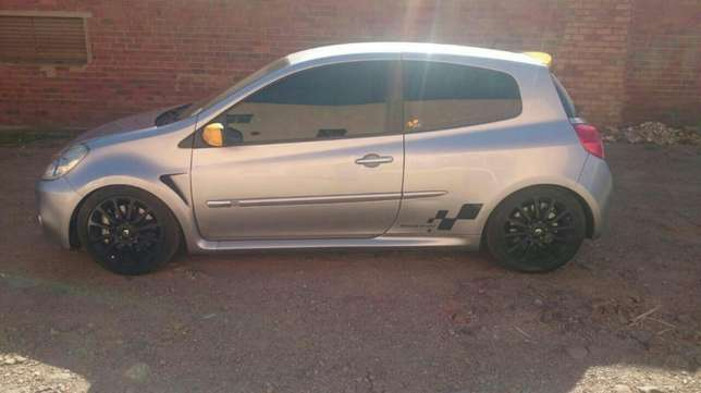 Renault Clio for sale Pretoria West - image 2