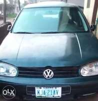 Neatly Used Volkswagen Golf 4 - Manual