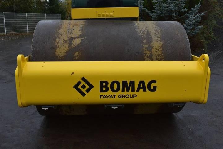 BOMAG BW 211 D-40 - 2018 - image 11