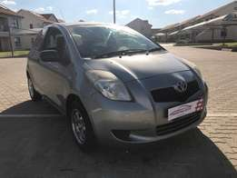 2007 Toyota Yaris T1 A/C Only 113 000km Fsh by Toyota, new tyres & mag