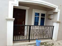 2 bed room flat for rent Arepo