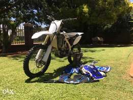 Excellent 2012 2Yamaha YZ 250 F for sale with gear and extra plastics