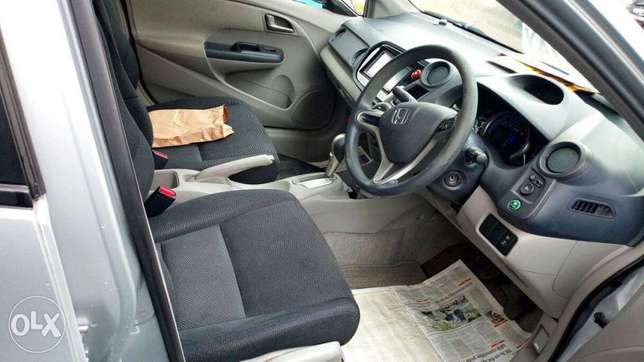 Honda Insight 2010 Amazing Deal Nairobi CBD - image 4