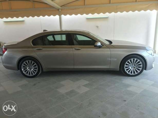 730Li full option 10200 OMR
