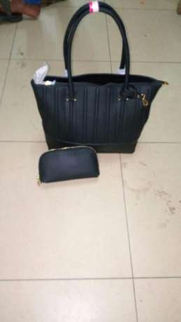 Freshimported varieties of women handbags BuruBuru - image 3