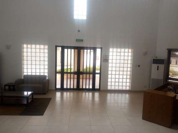 Newly Renovated 3 Bdrm With Swimming Pool ,lawn Tennis ,24 Hr Power Su Lagos Mainland - image 5