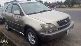 Neat 2002 Lexus RX 300 For Grabs