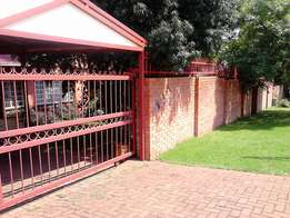 Steel gates, palisade fence and Gate motor
