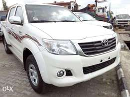 Very clean toyota hillux