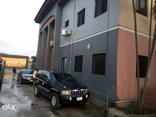 Standard hotel at GRA Phase 11, on Woji road up for sell Port Harcourt - image 5