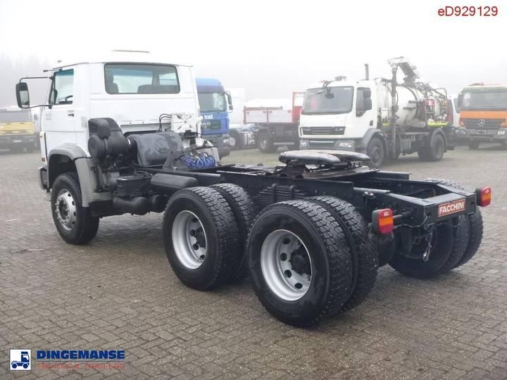 Volkswagen Worker 31.310 6x4 Tractor unit - 2009 - image 4