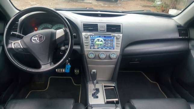 Toyota Camry Sport Edition 2007. Well maintained Ikeja - image 3
