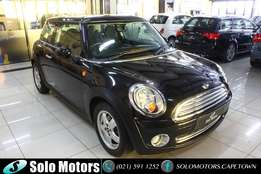 Black 2010 Mini Cooper 3 Dr