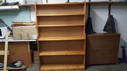 Stained Pine bookshelf, very good condition, 180cm x 120 x 30/20