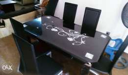 Standard toughened glass dining table