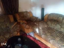 Set of living room seaters for sale.