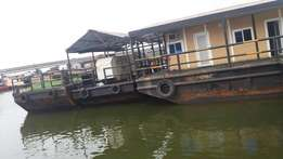 House Boat For Hire
