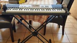 Almost new Casio LK260 keyboard including stand