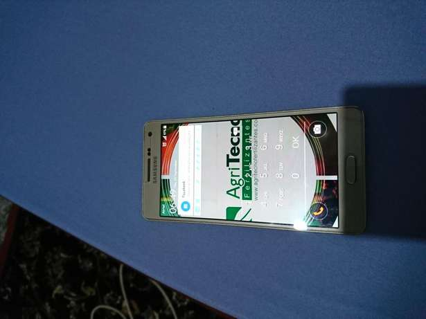 Samsung A5 2015 in very good condition 26000kes negotiable Ngumo estate - image 2