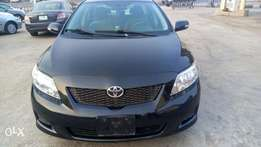 Extremely clean and fresh Toyota corolla(lagos clear)