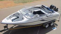 2001 Breeze 20ft with 225Hp Mercury EFI