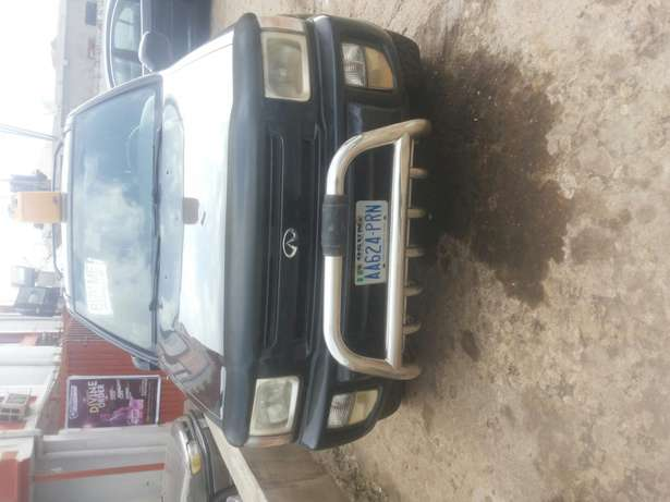 Very neat and first body infiniti jeep for sale with good engine Osogbo - image 1