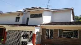 Letting 5 bedrooms house in Gigiri whispers