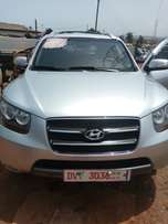 A very nice Hyundai santafe is for sale at a cool Price