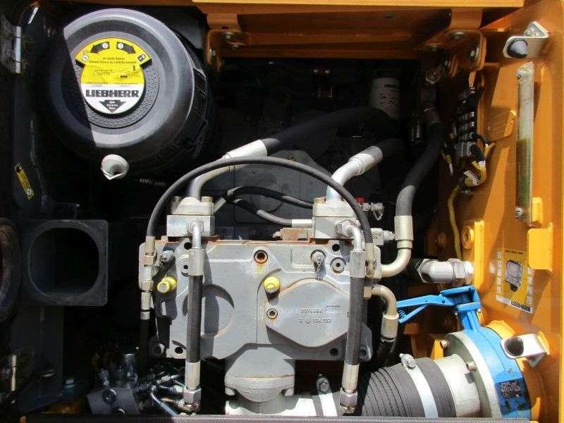 Liebherr R 906 Litronic Advanced Lc - 2013 - image 9