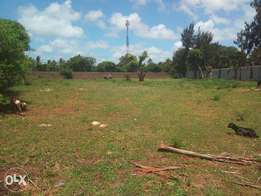 1 acre plot to LET Utange