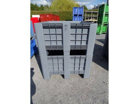 Sale 2 bins pallet new storage box for  by auction