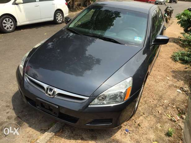 2007 Model Honda Accord Tokunbo Ifako Agege - image 4