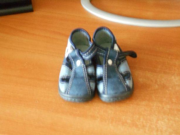 8ddc94dadc73bc Тапочки Зетпол для самых маленьких 18р.: 60 грн. - Дитяче взуття ...
