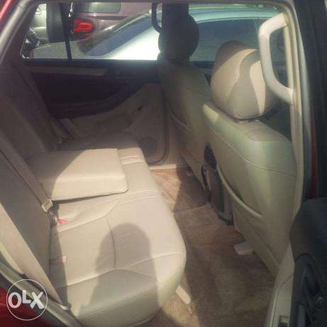 Tokunbo Toyota 4Runner, 2007, 2-Row Leather Seat, Very OK. Lagos Island East - image 3