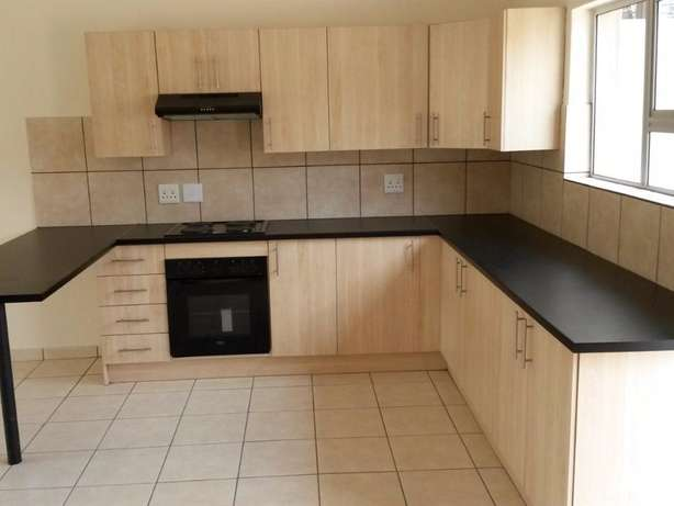 Neat Spacious and Safe - Wolmer Pretoria North - image 1