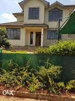 Cute 4 bedrooms villa, dsq, private garden and gate 24 hrs security