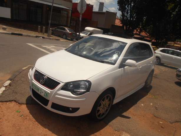 2008 VW Polo 1.6 Full house with mags and a sunroof for sale Johannesburg - image 7